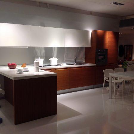 Cucina Minimal di Varenna Design CR&S Varenna