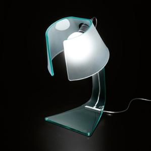 Lampada da tavolo L'Astra di Fiam Design Lo Bianco – Mansueto